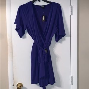 NWT Express Short Sleeve Romper, Size L